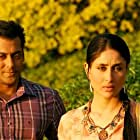Kareena Kapoor and Salman Khan in Bodyguard (2011)