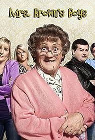 Jennifer Gibney, Brendan O'Carroll, Fiona O'Carroll, Amanda Woods, and Paddy Houlihan in Mrs. Brown's Boys (2011)