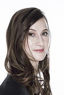 Cynthia Lowen Picture