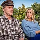 Jürgen Heinrich and Tanja Wedhorn in Familienbande (2020)