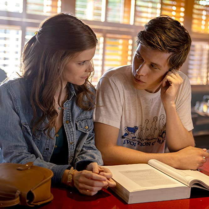 Kate Mara and Nick Robinson in A Teacher (2020)