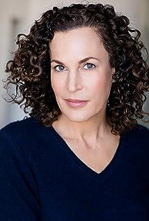 Lisa Kaminir Picture