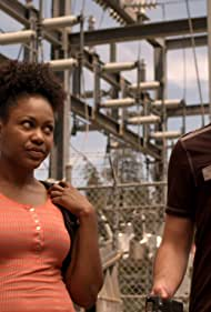 Danièle Watts and Alexander Gould in Weeds (2005)