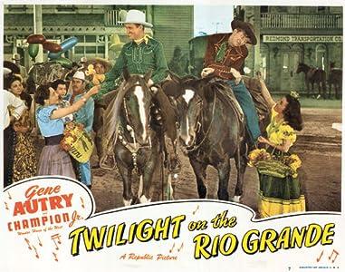PC watching movies Twilight on the Rio Grande [2k]