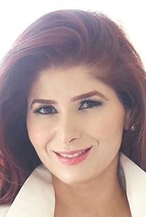 Yvette M. Amirian Picture