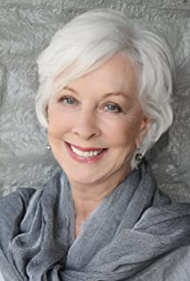 Christina Pickles Picture