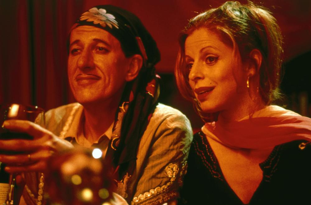 Geoffrey Rush and Heather Mitchell in A Little Bit of Soul (1998)