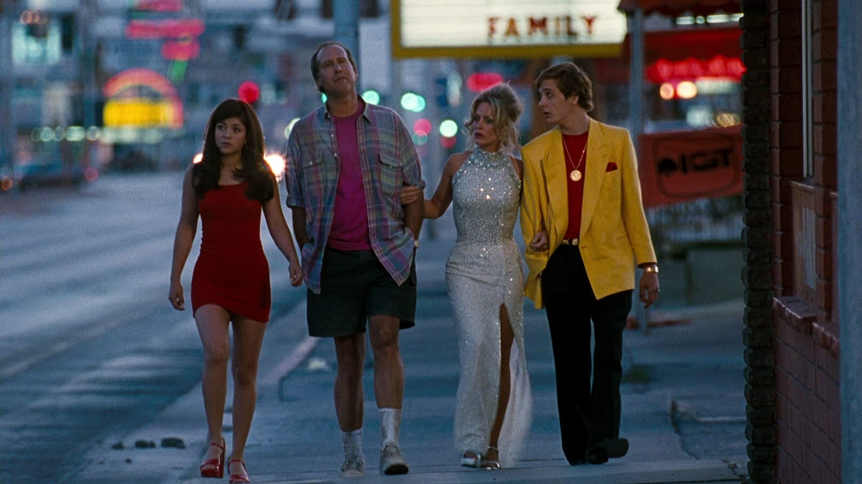 Chevy Chase, Beverly D'Angelo, Ethan Embry, and Marisol Nichols in Vegas Vacation (1997)