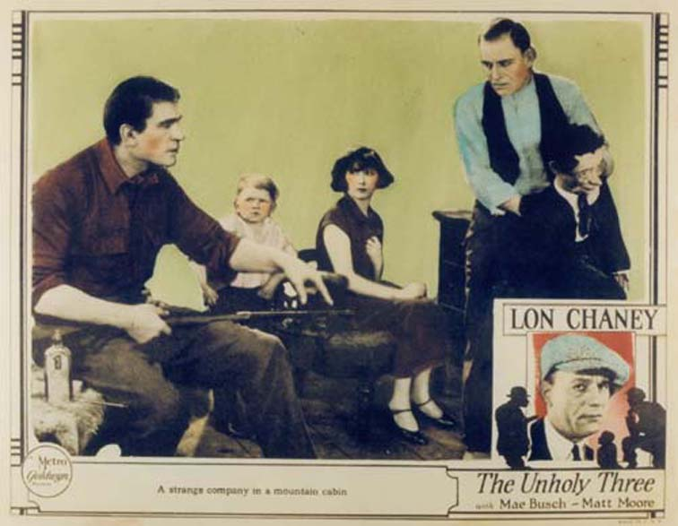 Mae Busch, Lon Chaney, Harry Earles, and Victor McLaglen in The Unholy Three (1925)