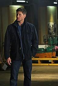 Jensen Ackles, Jared Padalecki, and Russell Roberts in Supernatural (2005)