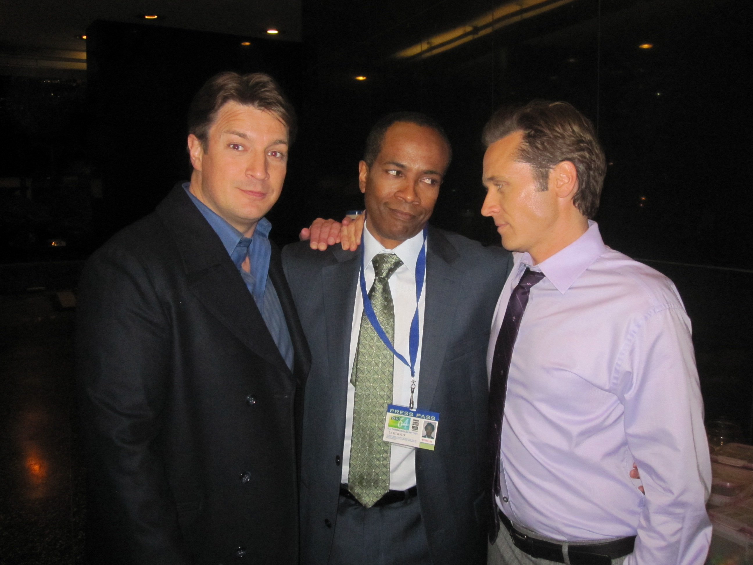 Nathan Fillion, Wil Bowers, Seamus Deaver on location for Castle