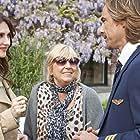 Willeke Alberti, Carice van Houten, and Chris Zegers in Alles is familie (2012)