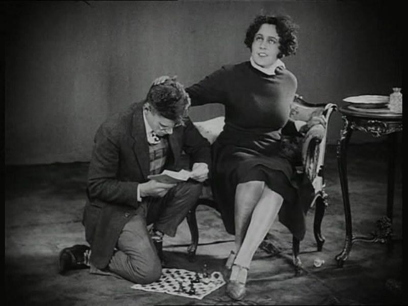 Vladimir Fogel and Anna Zemtsova in Shakhmatnaya goryachka (1925)
