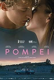Aliocha Schneider and Garance Marillier in Pompéi (2019)