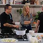 Gwyneth Paltrow, Jon Favreau, and Roy Choi in The Chef Show (2019)
