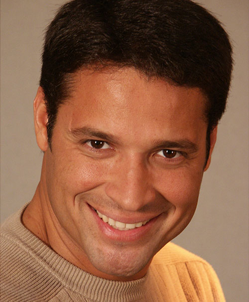 Ricardo Alamo dating Hoe om te weten of ik de juiste man dating