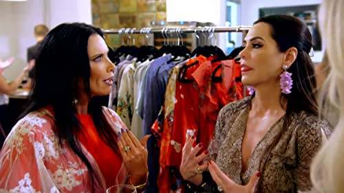 Real Housewives of Dallas: D'Andra Simmons Thinks LeeAnne Locken Is Crying Crocodile Tears
