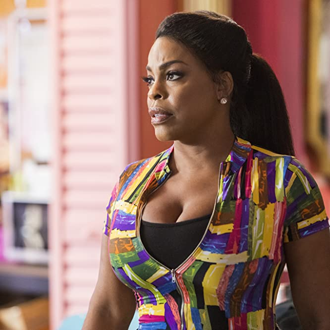 Niecy Nash in Claws (2017)