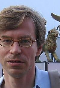 Primary photo for Felix Moeller