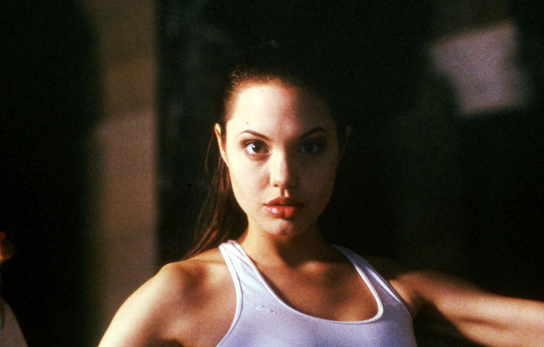 Angelina jolie 1993