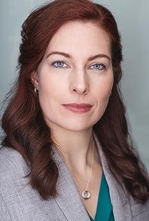 Lara Fox Picture