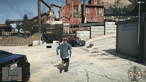 Grand Theft Auto V (Portuguese/Brazil Gameplay Trailer)