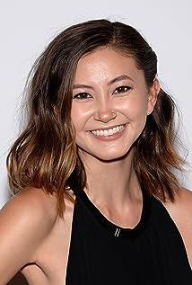 Kimiko Glenn Picture