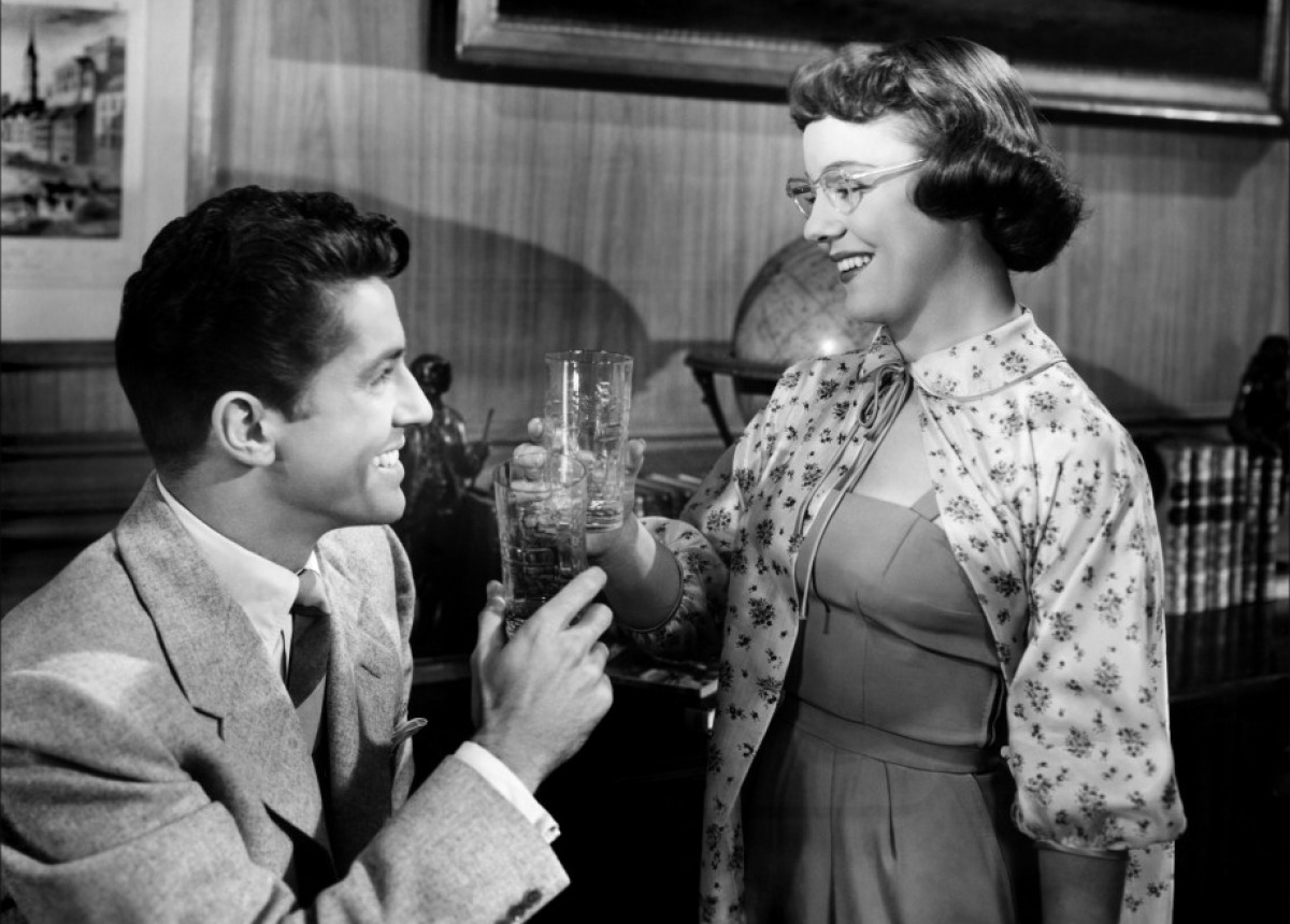 Farley Granger and Patricia Hitchcock in Strangers on a Train (1951)