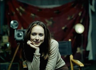 Downloading movie site Jennifer Love Hewitt: How Do I Deal [640x360]