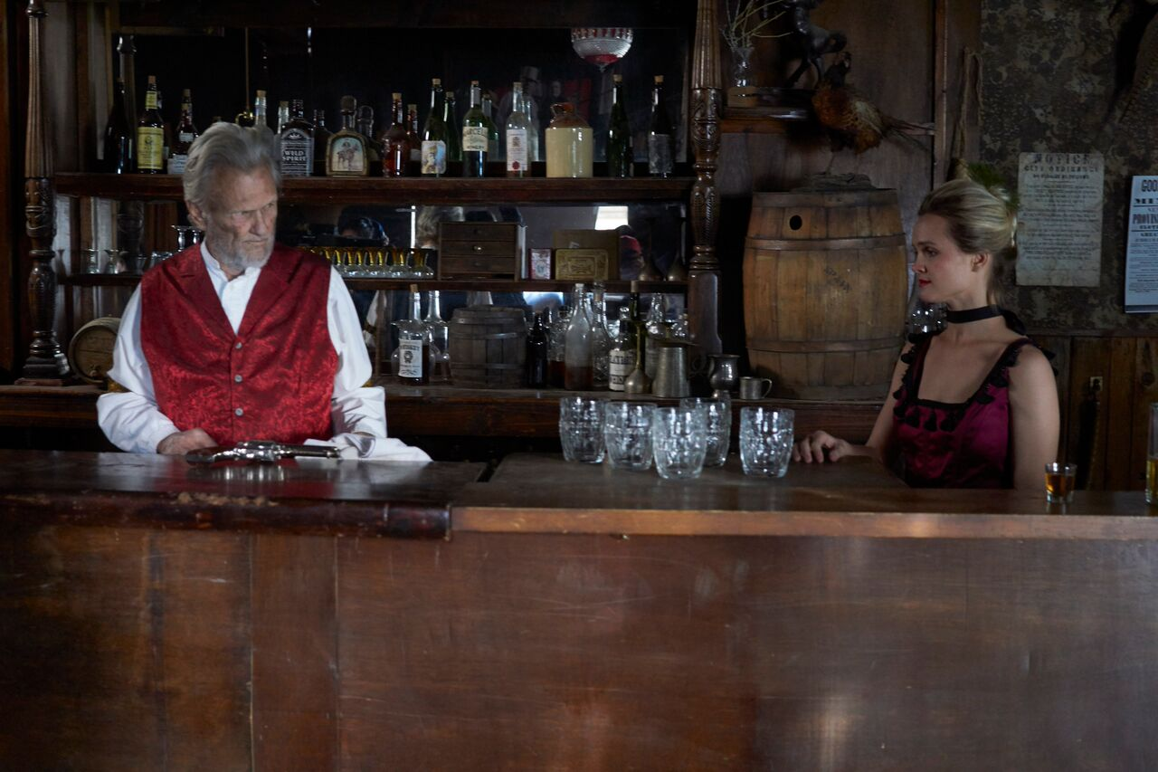 Kris Kristofferson and Kelly Kristofferson in Traded (2016)