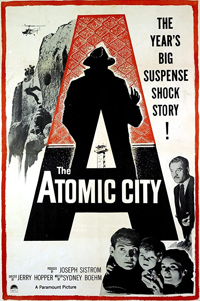 Lee Aaker, Gene Barry, Lydia Clarke, and Milburn Stone in The Atomic City (1952)