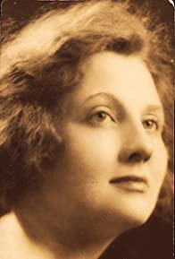 Primary photo for Ann Shoemaker