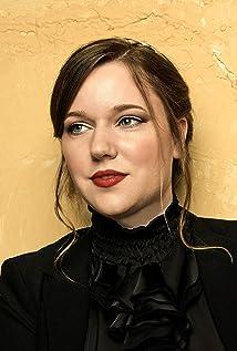 Anne Kathrin Dern Picture