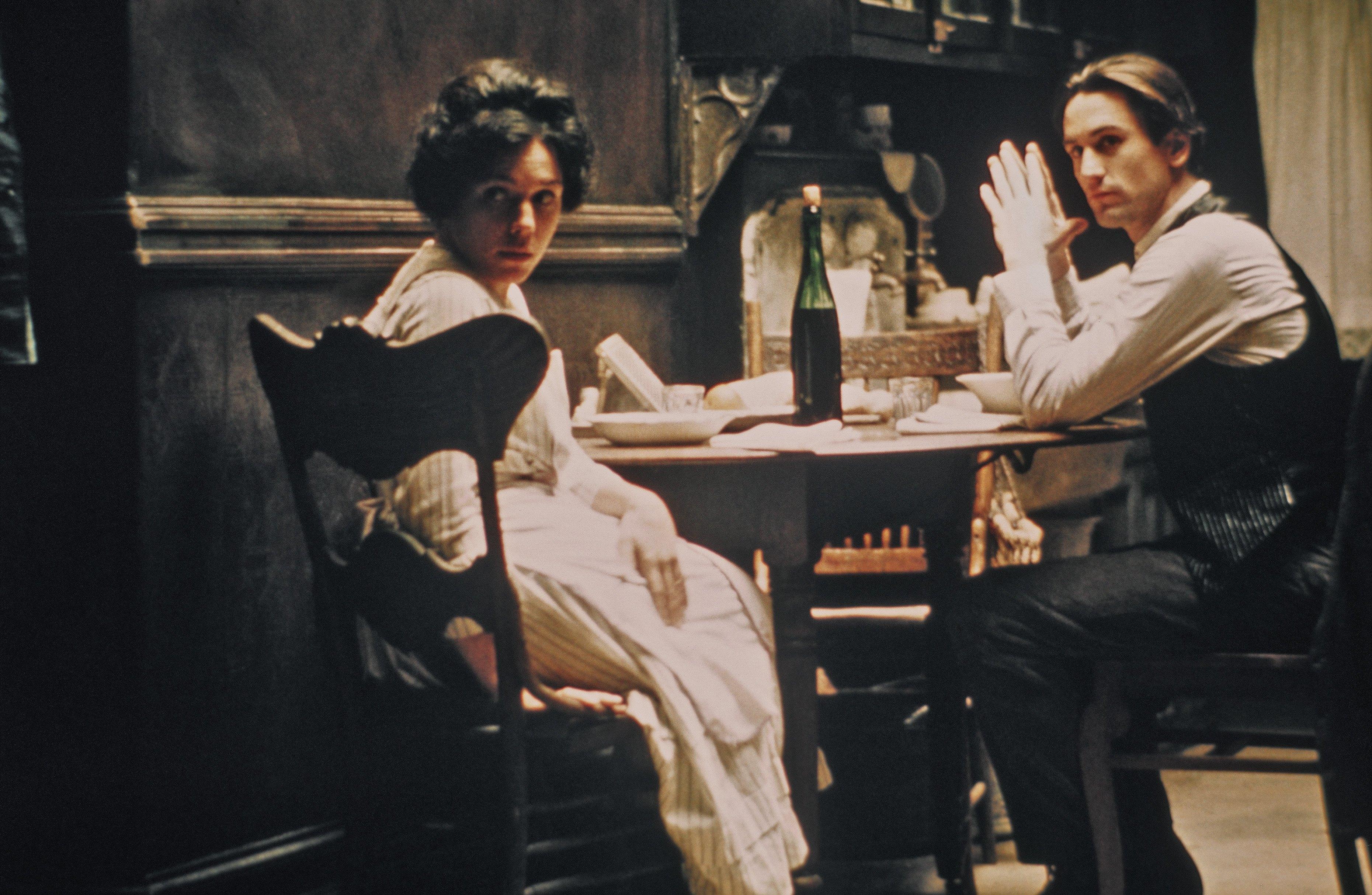 Robert De Niro and Francesca De Sapio in The Godfather: Part II (1974)