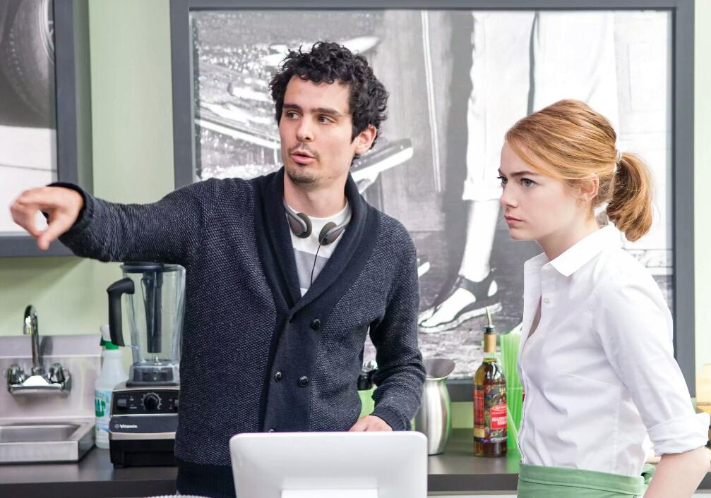 Emma Stone and Damien Chazelle in La La Land (2016)
