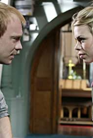 Shaun Dingwall and Billie Piper in Doctor Who (2005)