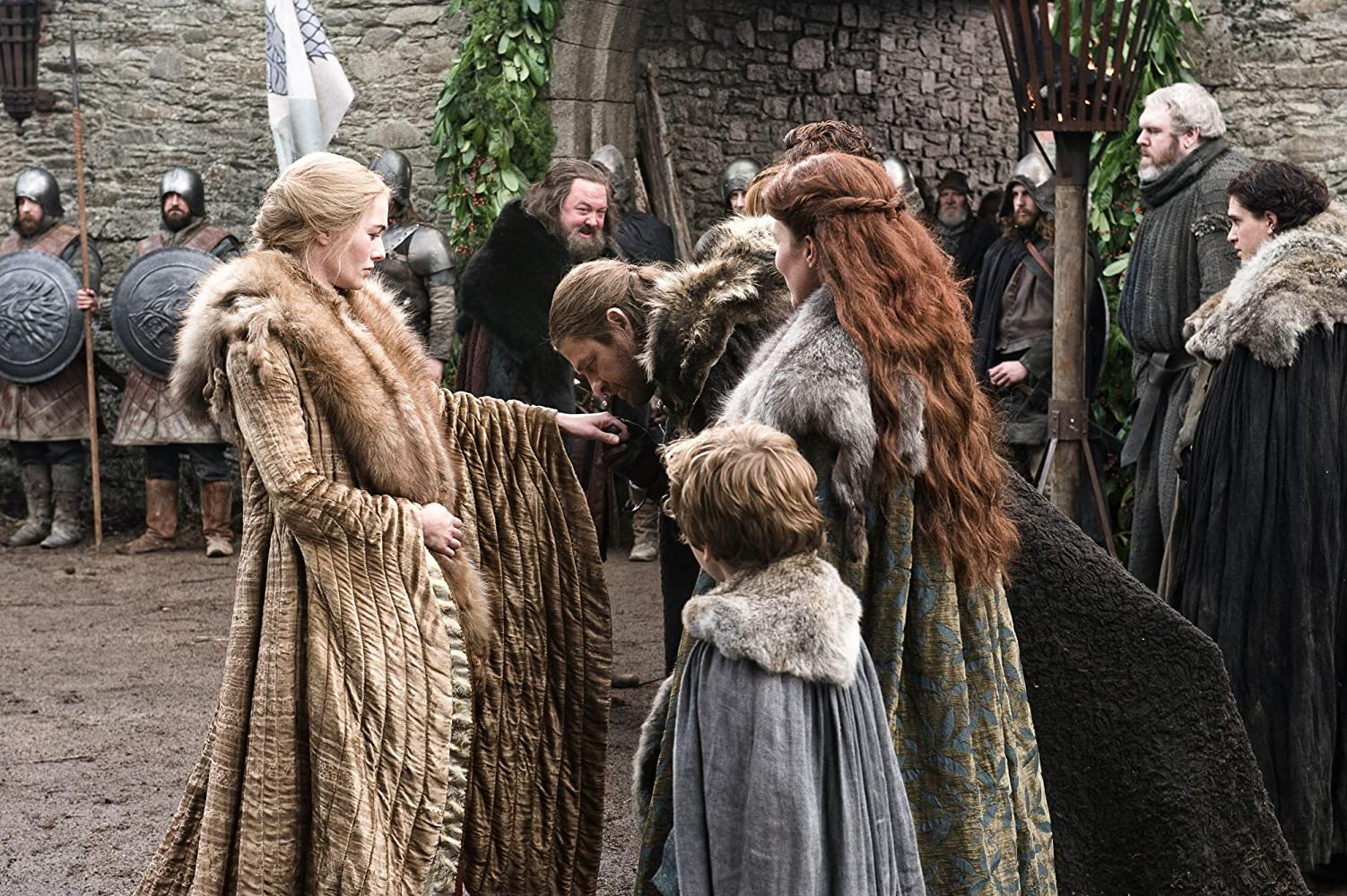 Sean Bean, Mark Addy, Michelle Fairley, Lena Headey, Kit Harington, Art Parkinson, and Kristian Nairn in Game of Thrones (2011)