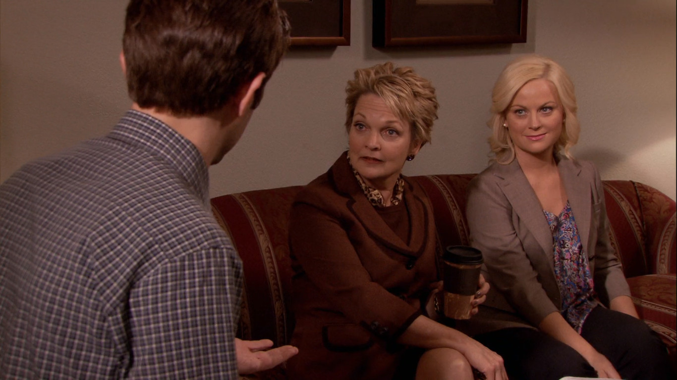 Parks and Recreation19 Times TV Shows Wrote Off Main Characters' Family Members & Created Plot Holes