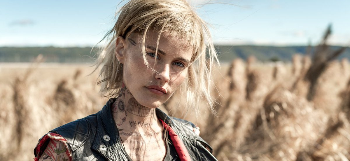 Isabel Lucas in Science Fiction Volume One: The Osiris Child (2016)