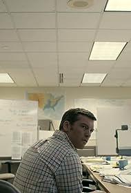 Sam Worthington in Manhunt (2017)