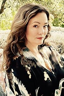 Charlotte Chatton Picture