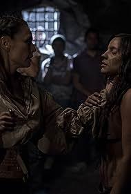 María Gabriela de Faría and Marimar Vega in Sitiados (2015)