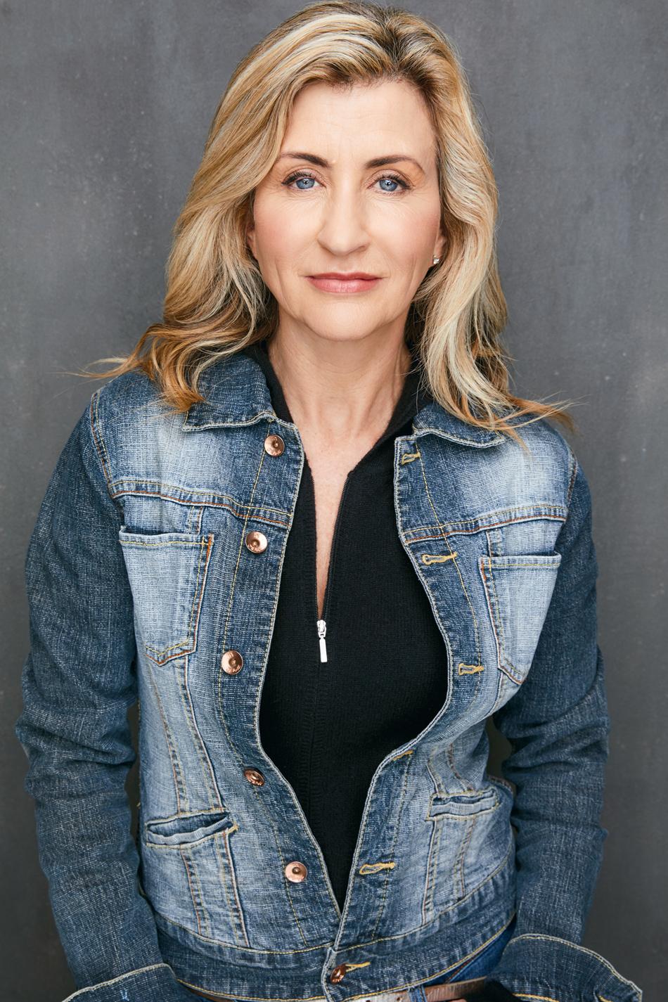 Stephanie Zimbalist,Marla Boyd (b. 1987) Hot pics Carrie Salmon CAN 3 1996?998,Samantha Barks (born 1990)