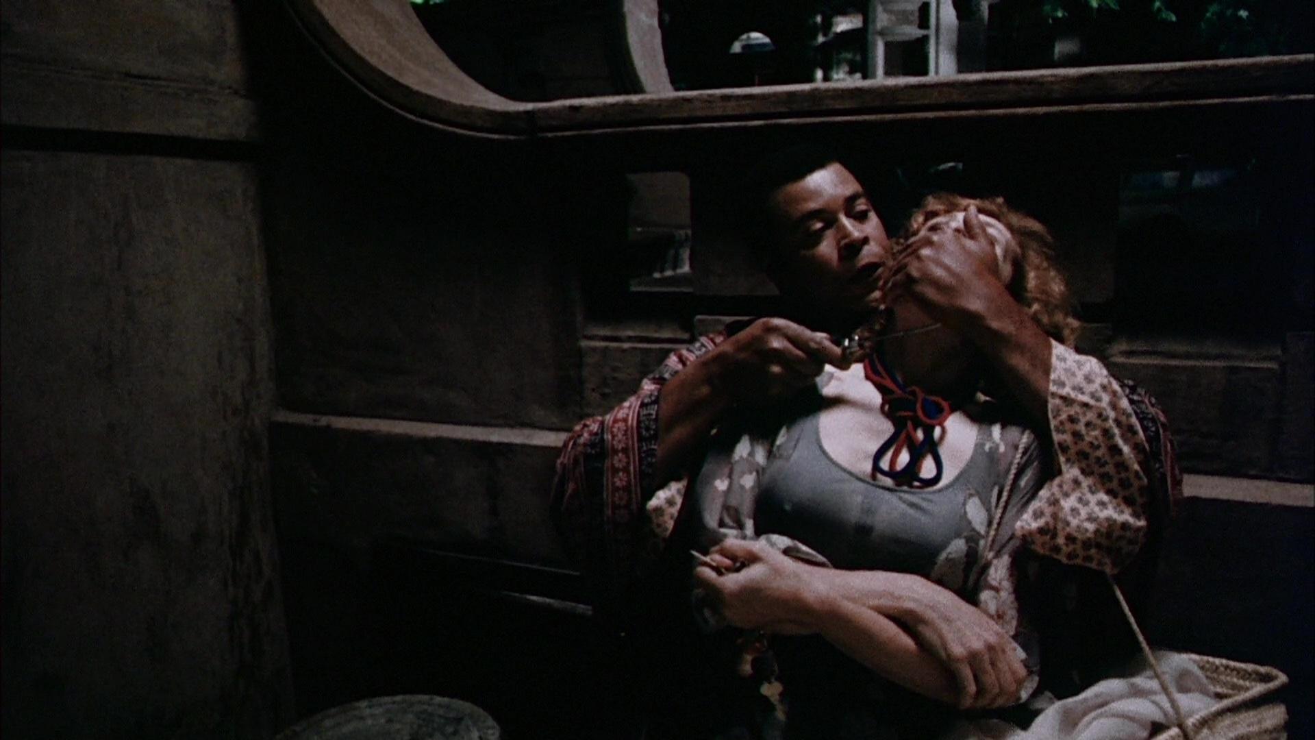 James Earl Jones and Diahn Williams in Deadly Hero (1975)
