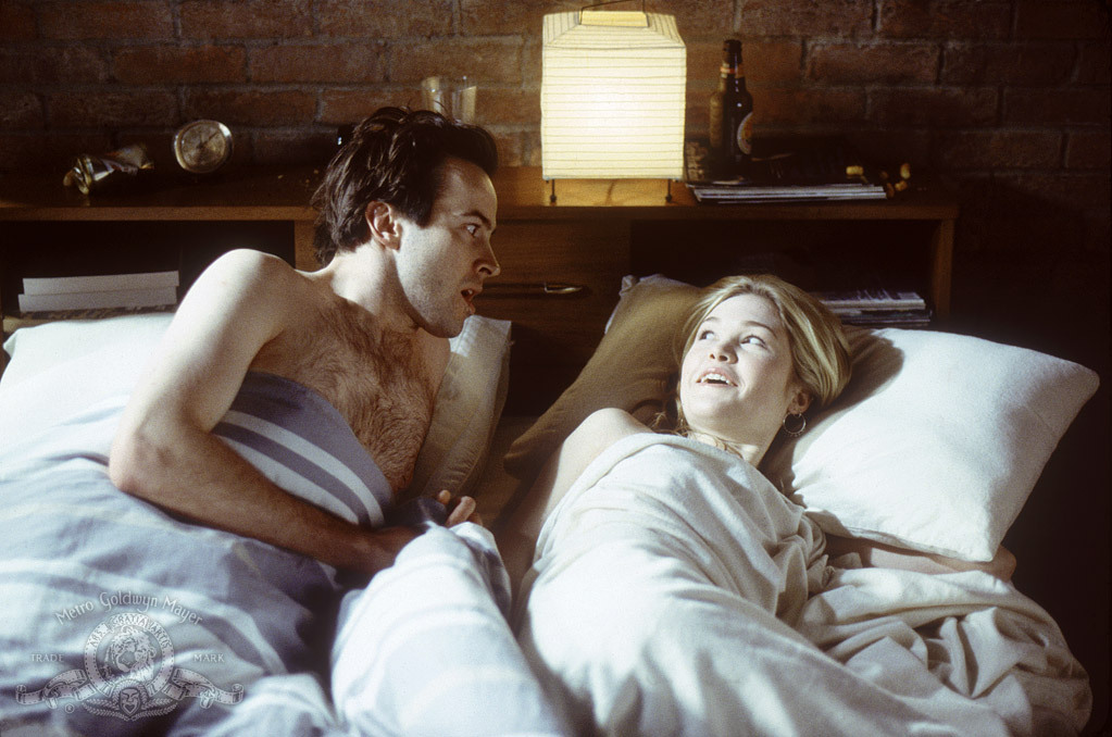 Jason Lee and Julia Stiles in A Guy Thing (2003)