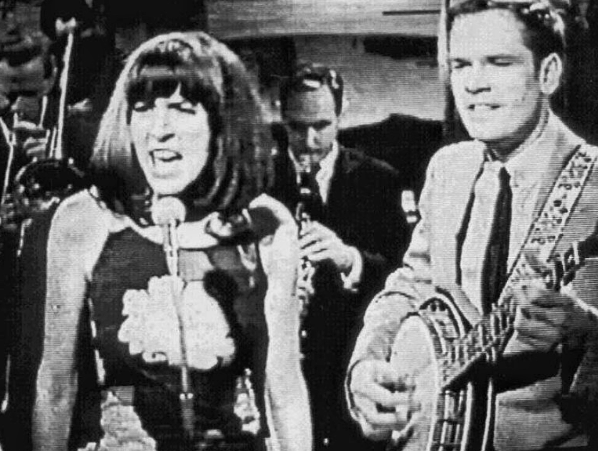 Judy Henske, Dave Guard, and The Whiskeyhill Singers in Dave's Place (1965)