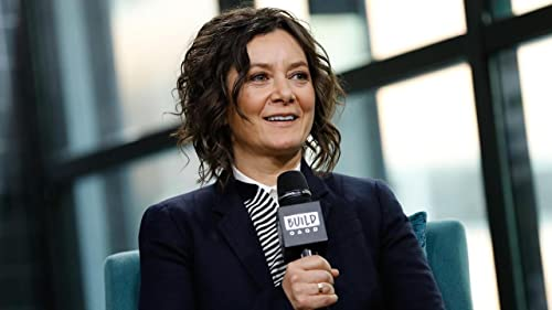 "BUILD: Despite Initial Reluctance, Sara Gilbert Loves Being Host on ""The Talk"""