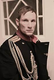 Dmitry Brauer in Der Gewaltfrieden (2010)