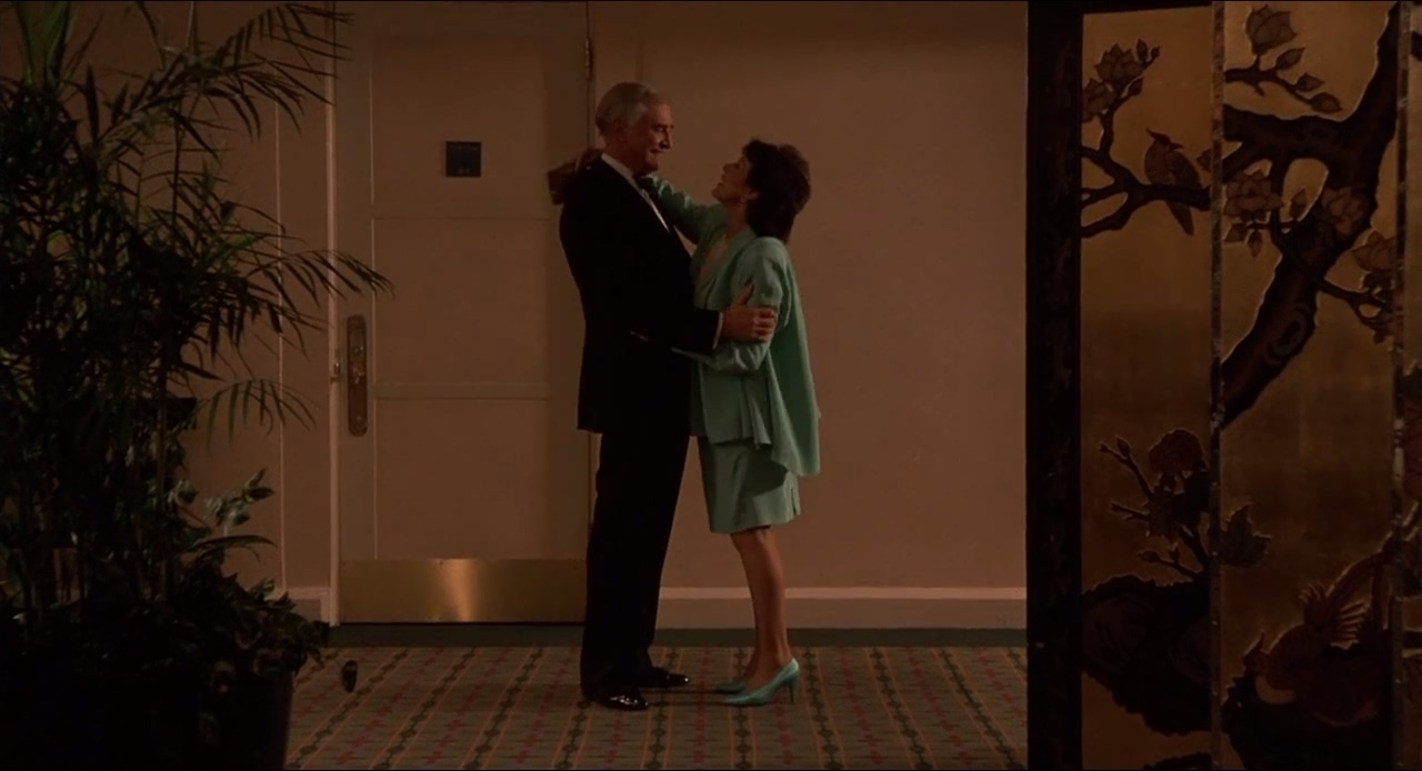 Martin Landau and Claire Bloom in Crimes and Misdemeanors (1989)