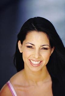 Marta Cross Picture